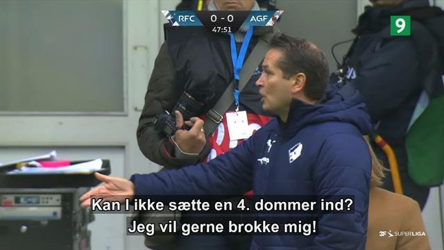 Randers-træner til David Nielsen og AGF efter skadet dommer: Kan I ikke sætte en fjerdedommer ind?