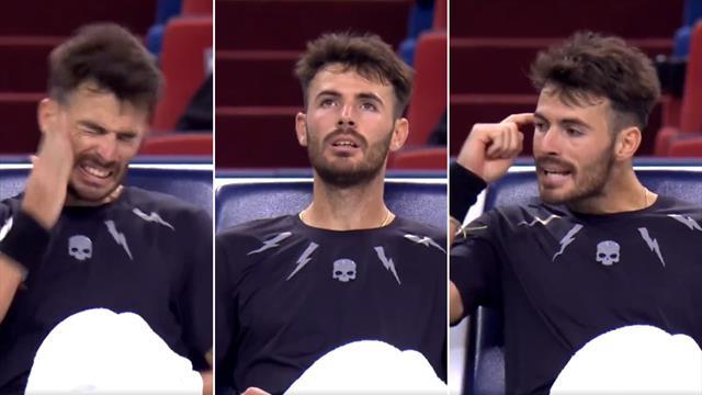 La inquietante imagen de Londero ante Murray: a bofetada limpia al ver que iba a perder el partido