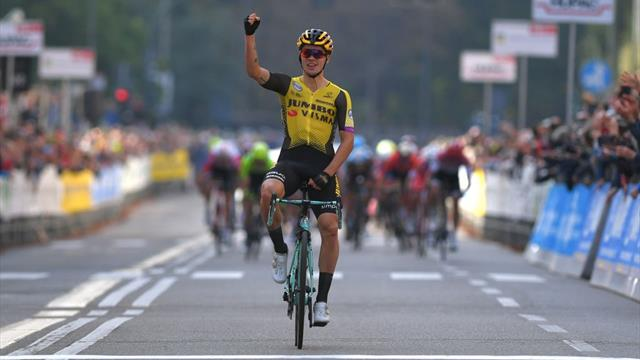 Roglic picks up second win in four days with Tre Valli Varesine victory