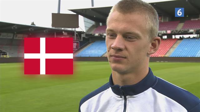 Oliver Christensen om sin stil som målmand: Først og fremmest går jeg efter at redde bolden