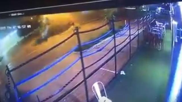 Американский боксер попал в жуткую аварию: машина несколько раз перевернулась в воздухе
