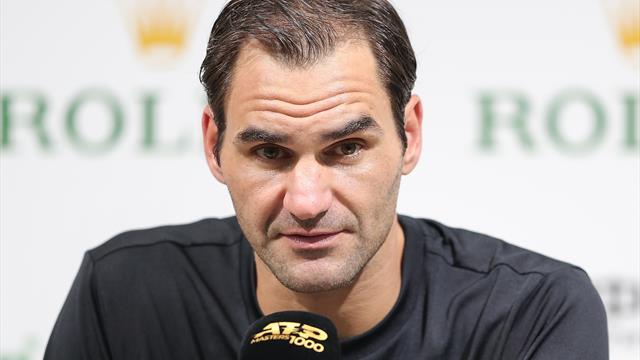 Federer pierde la diplomacia con la prensa tras ser sancionado por el árbitro