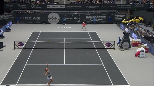 Highlights: Alexandrova brushes Mladenovich aside
