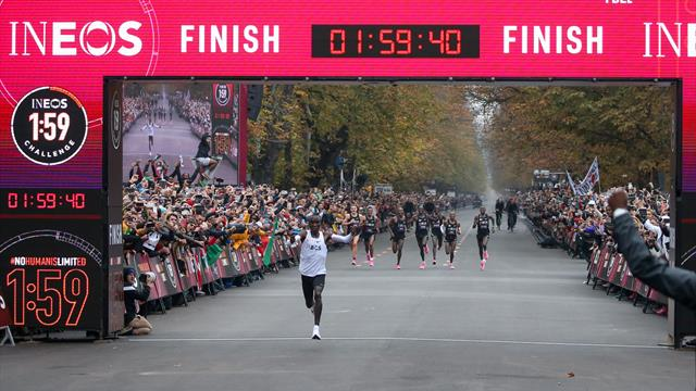 Kipchoge corre 42 km in meno di due ore, ma non è record della maratona: ecco perché