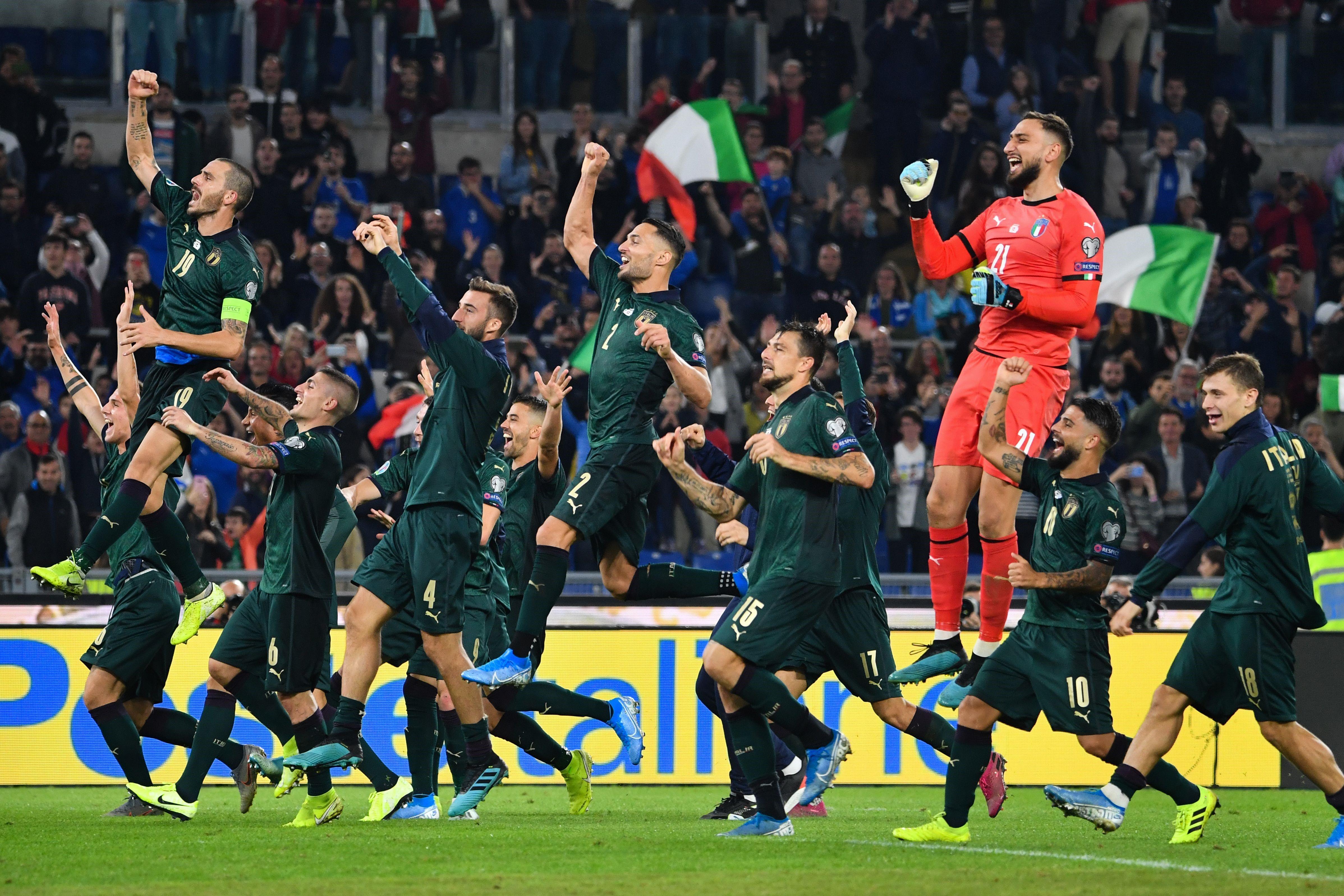 FOOTBALL MASCULIN CHAMPIONNAT D'EUROPE 2020 - Page 11 2695022