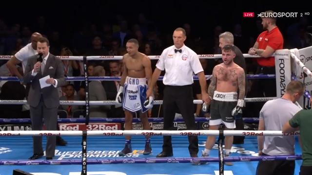 Boxeo, Súperpluma de la Commonwealth. Farrel retiene el título