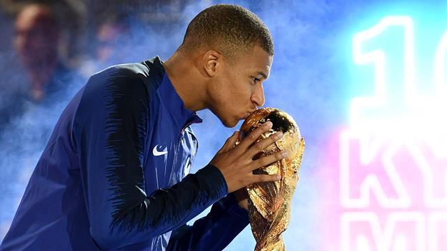 """Mbappé """"a le profil"""" pour devenir capitaine des Bleus selon Le Graët"""