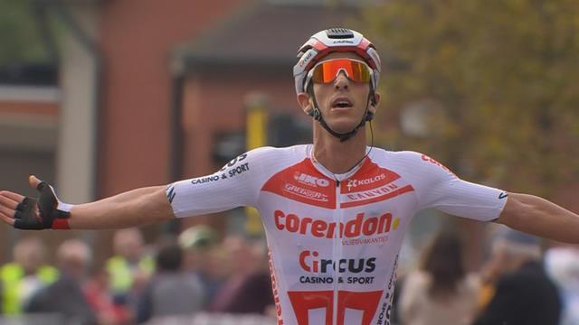 Sterke Dries de Bondt wint Memorial Rik Van Steenbergen