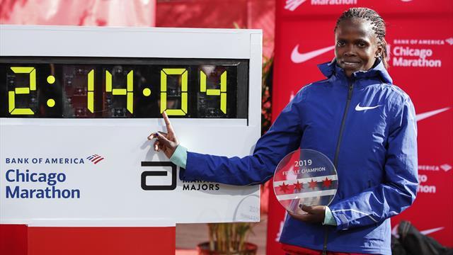"""""""Pot să alerg mai repede!"""" spune Brigid Kosgei. Maratonista din Kenya a pulverizat recordul mondial"""