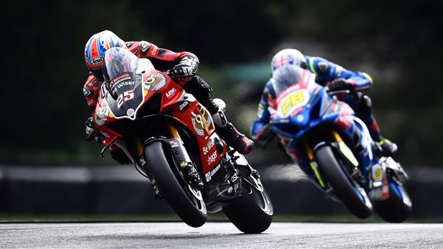 Brookes claims Race One win at Brands Hatch to keep Redding at bay