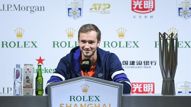 Медведев сыграет в группе с Надалем, Циципасом и Зверевым