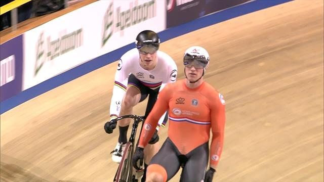 Jeffrey Hoogland holds off Harrie Lavreysen to take sprint