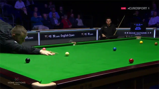 Allen sees crucial double somehow miss to let Selby back into semi-final