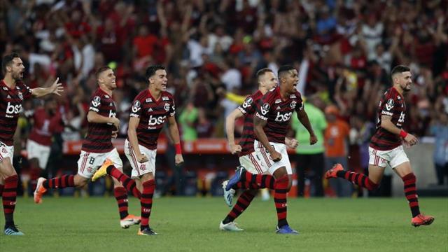 Flamengo gana clásico Fla-Flu, saca 10 puntos de renta y enloquece 'torcida'