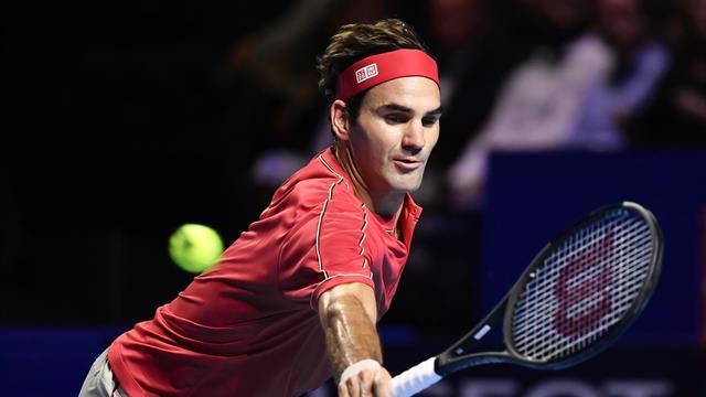 Un nouveau récital pour écarter Tsitsipas : Federer poursuit sa semaine idéale au pas de charge