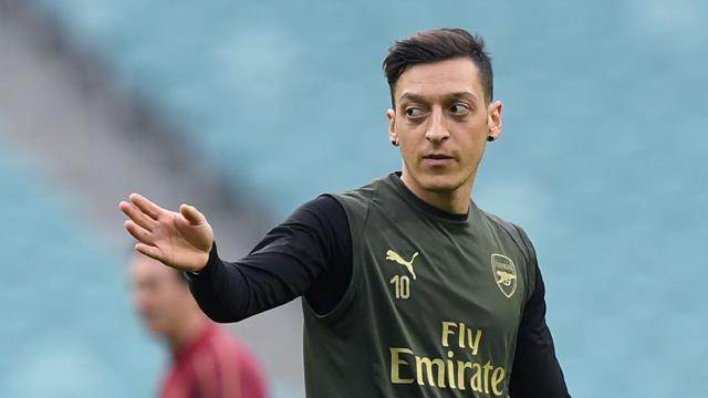 """Özil nach Manchester? Legende fordert: """"United könnte ihn brauchen!"""""""