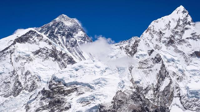 Nepalese bricht Rekord für Achttausender-Besteigungen - Messner äußert sich