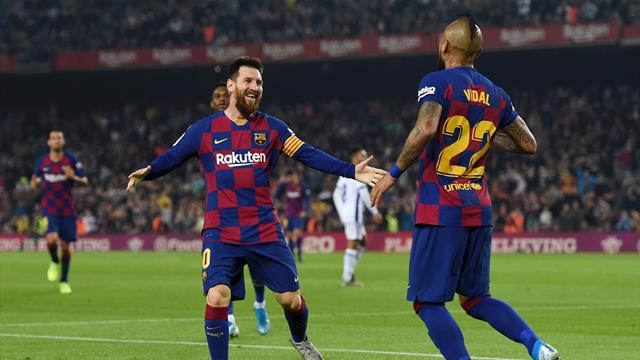 Magical Messi stars as Barca thrash Valladolid to go top