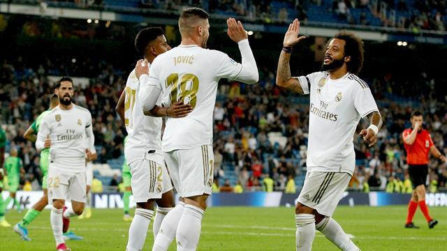 Premierentor für Jovic: Real nach Kantersieg erster Barça-Verfolger
