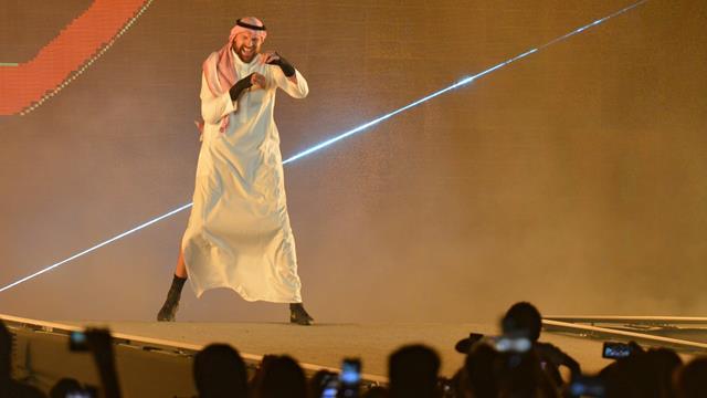 13,9 Millionen Euro für acht Minuten! Fury siegt bei Wrestling-Premiere
