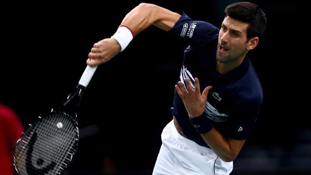 Djokovic expédie un Tsitsipas aux abonnés absents
