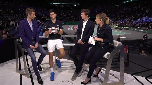 """Djokovic va mieux : """"Il reste juste la gorge, parce que je chante, ce ne sont pas les cigarettes !"""""""