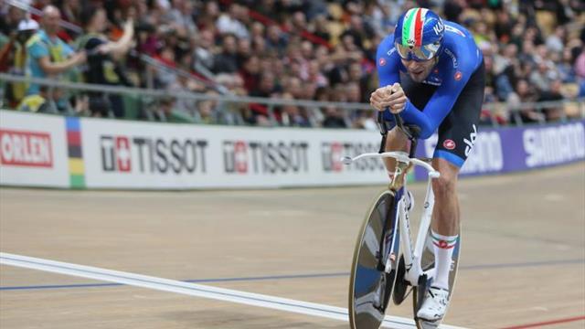 El italiano Ganna bate el récord del mundo de 4 km con salida parada