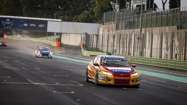 Honda racers fly WTCR flag at FIA Motorsport Games