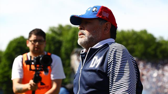 🔚🇦🇷 Maradona deja de ser entrenador de Gimnasia y Esgrima La Plata