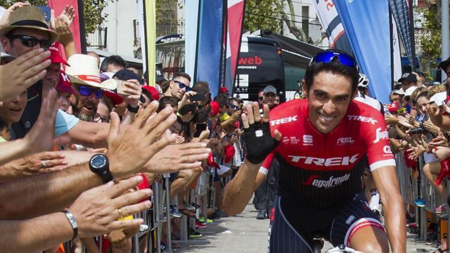 La multa al aficionado que corría junto a Contador que ha indignado a mucha gente