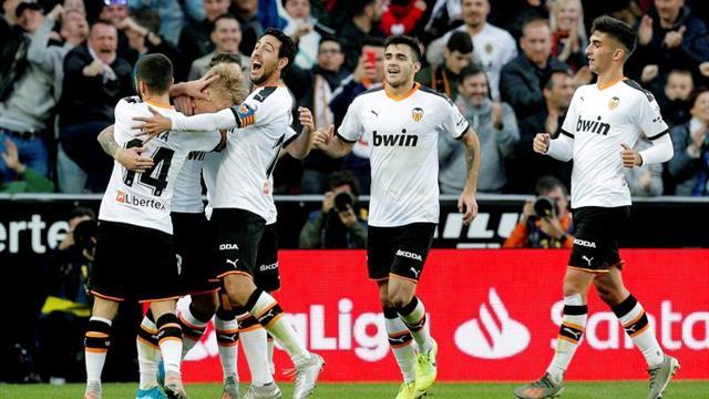 2-0. El Valencia tumba a un combativo Granada en un intenso segundo tiempo