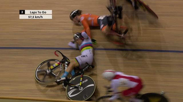 Watch: Nasty crash wipes out half the field during World Cup Keirin