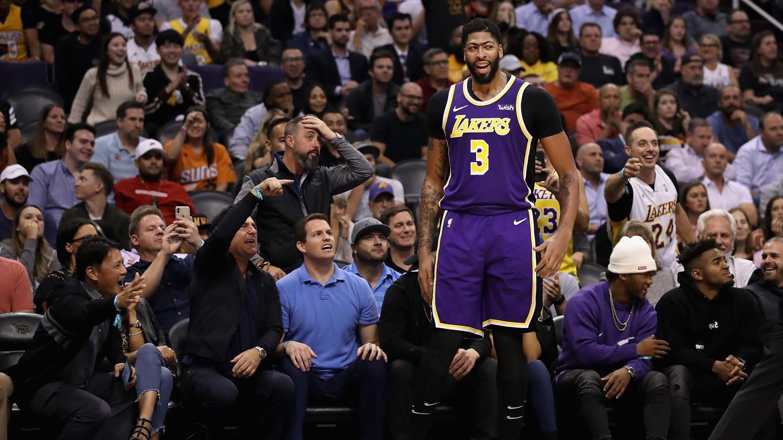 I risultati della notte. Lakers ok con i Suns, brivido 76ers, travolti i ...
