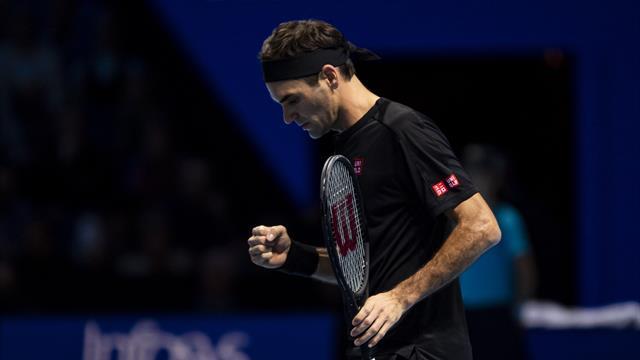 Федерер обыграл Джоковича и вышел в плей-офф, Надаль завершит сезон лидером рейтинга