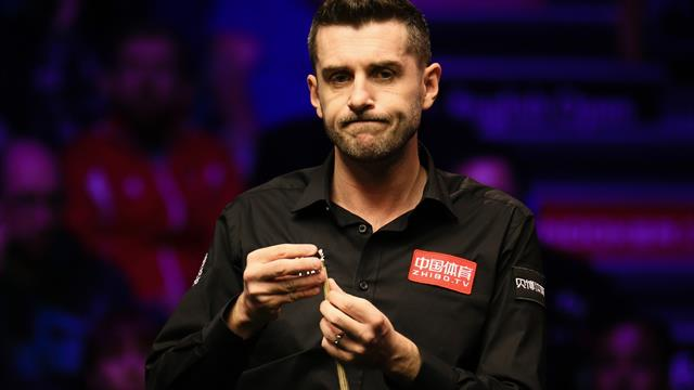 'It's stupid' - Disbelief as Selby takes six minutes and 13 seconds to take shot