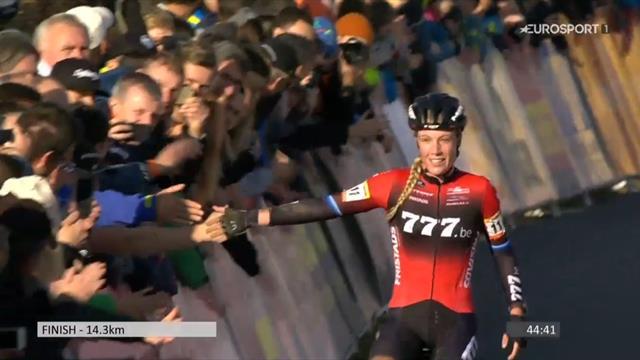 WB Tabor | Annemarie Worst wint in Tsjechië