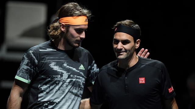 C'était du grand Tsitsipas, et un tout petit Federer : Les temps forts de leur demi-finale