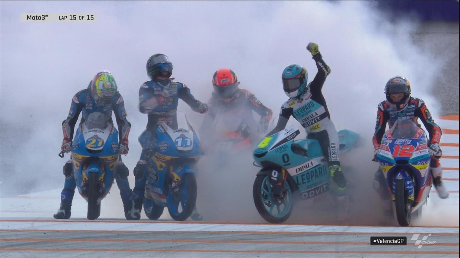 16-jarige Sergio Garcia wint Moto3 race