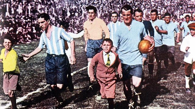 Le ton est monté entre Messi et Cavani — Argentine-Uruguay