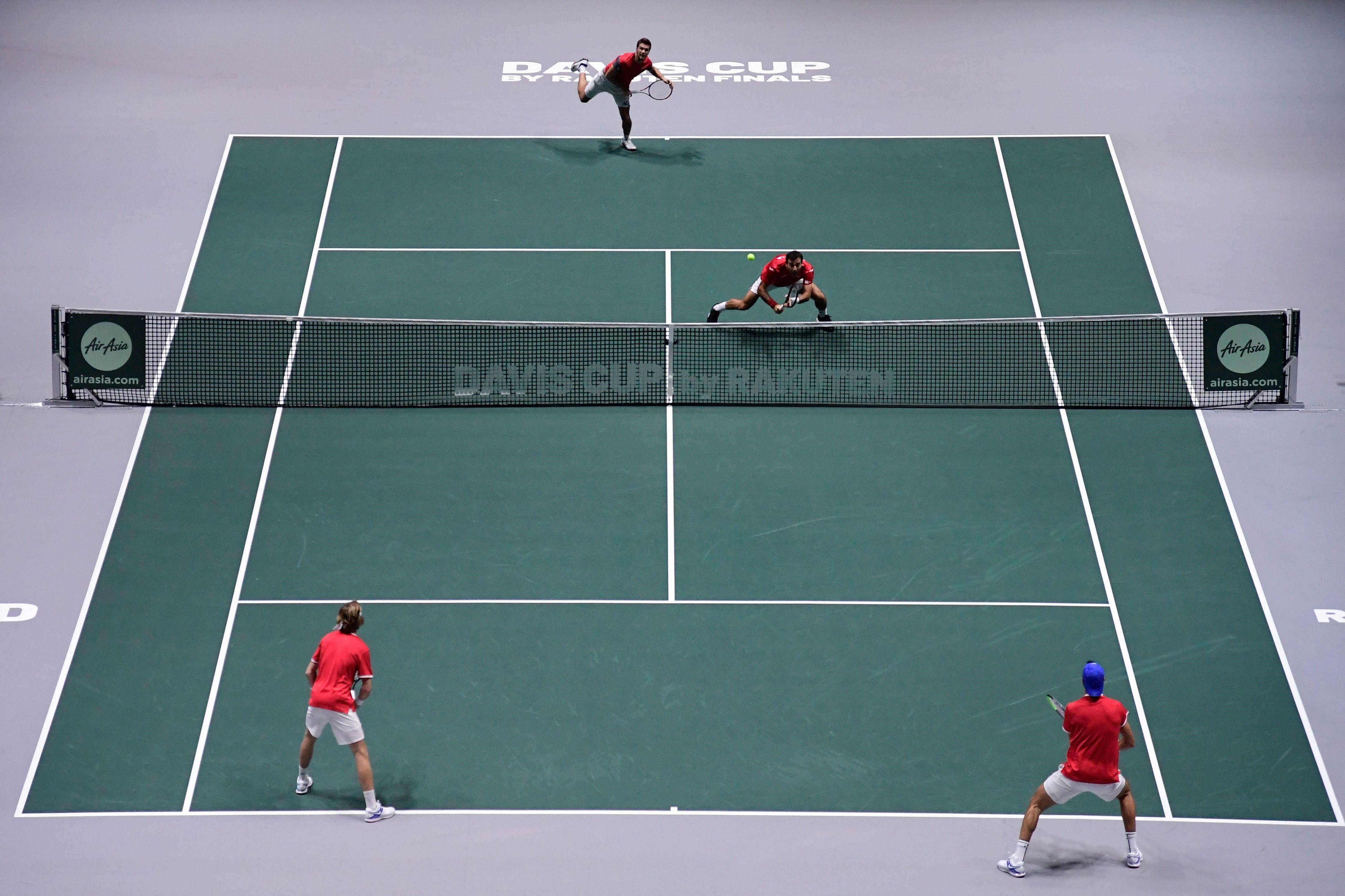 Ivan Dodig et Nkola Mektic contre Karen Khachanov et Andrey Rublev lors de Croatie - Russie en Coupe Davis 2019