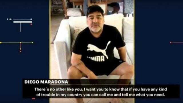 """Il videomessaggio di Maradona a Roger Federer: """"Sei stato, sei e sarai sempre il più grande"""""""