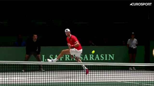 Tweener then winner... Khachanov wows crowd against Djokovic