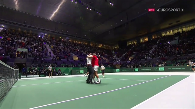'Incredible scenes!' - Watch the moment Canada reach Davis Cup final