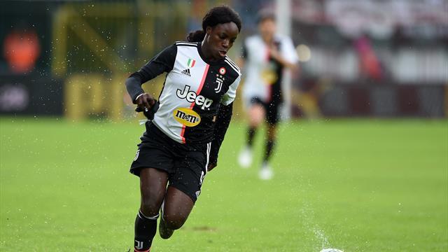 L'attaccante della Juve femminile lascia l'Italia: