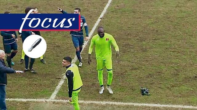 Daffe, il portiere insultato e squalificato: il calcio italiano vuol davvero combattere il razzismo?