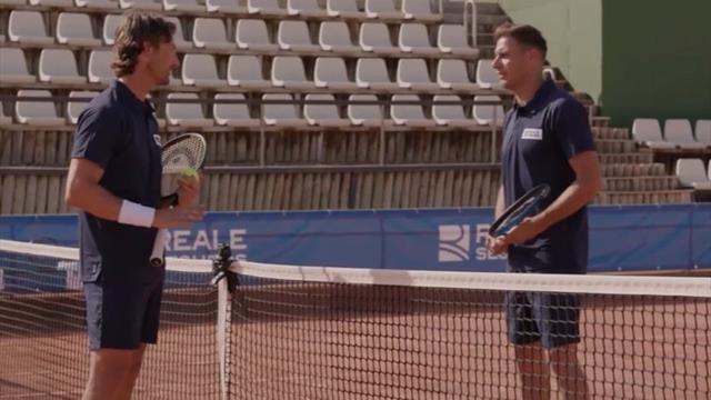 Desternillante: Así entrena Joaquín con Juan Carlos Ferrero... ¡para ganar a Bartra y Ferrer!