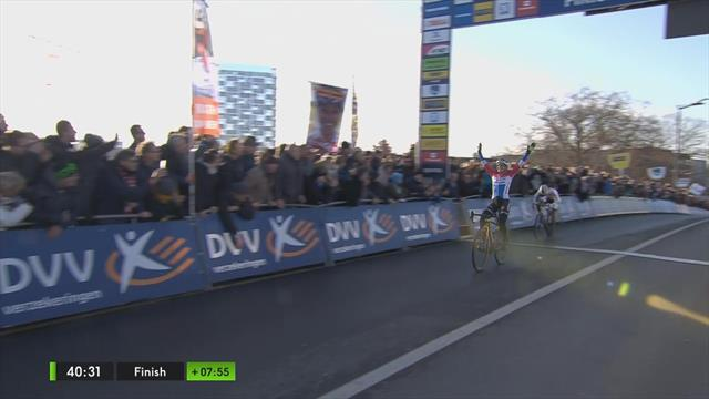 DVV Trofee Kortrijk   Brand klopt Alvarado in sprint