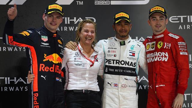 Un pazzesco Hamilton vince l'ultimo atto! Secondo Verstappen, poi Leclerc. 5° Vettel