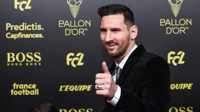 Месси получил шестой «Золотой мяч» и обошел Роналду