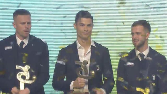 Cristiano recogió un premio de la Serie A y Neymar anunció su colonia durante el Balón de Oro